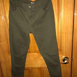 👖 Olive green skinny zippered pants